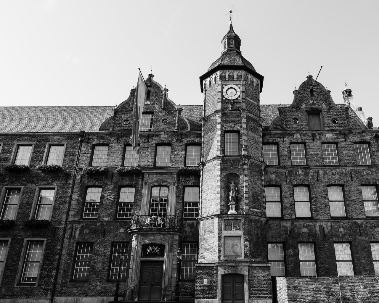 dusseldorf city hall black and white