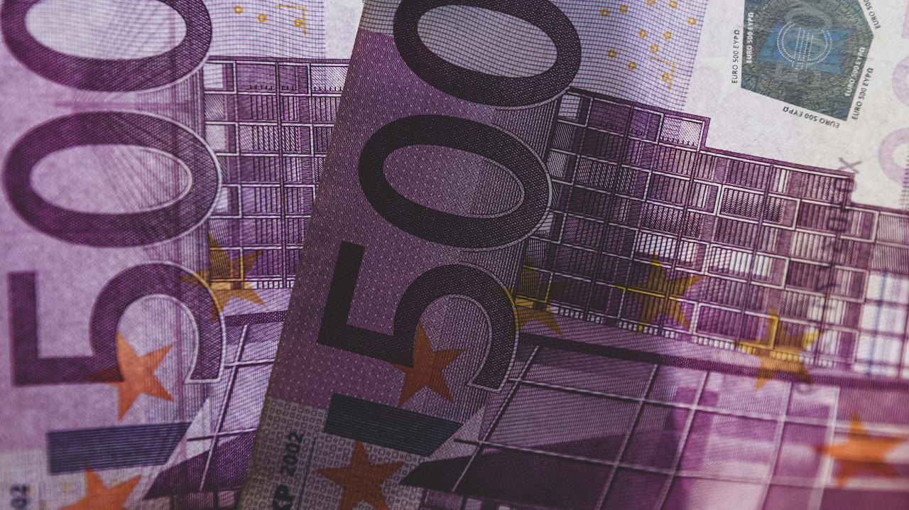 2x 500 euro 1000 euro background