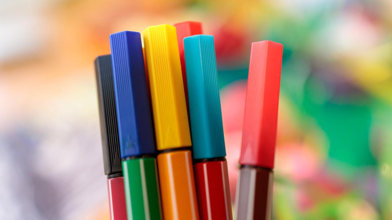 Set of multicolor felt pens