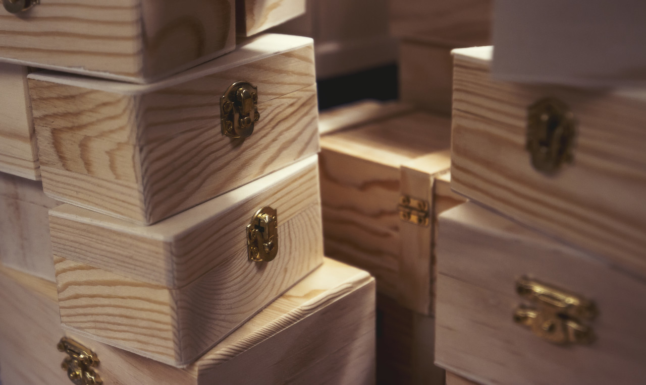 wooden boxes with clasp
