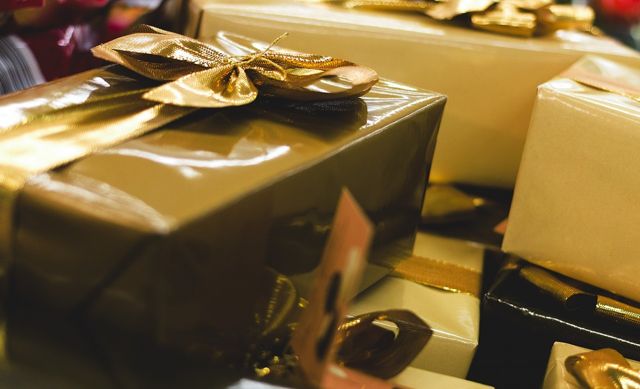 golden wrapped gift boxes