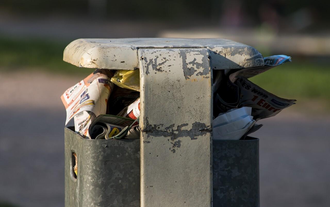 public garbage bin