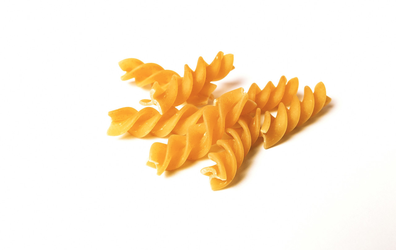 spiral pasta isolated on an white background