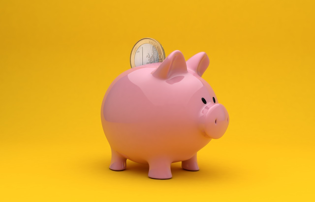 piggy bank yellow background