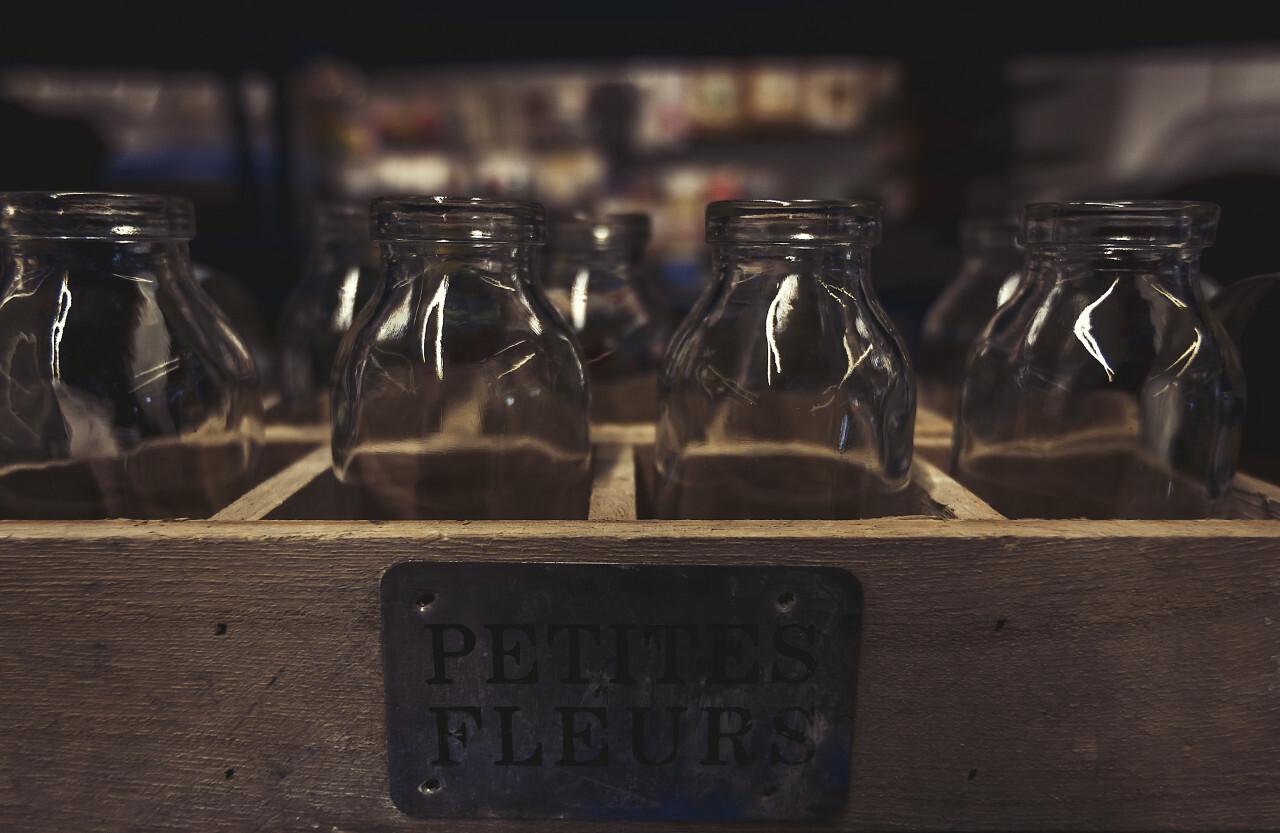 petites fleurs glass bottles