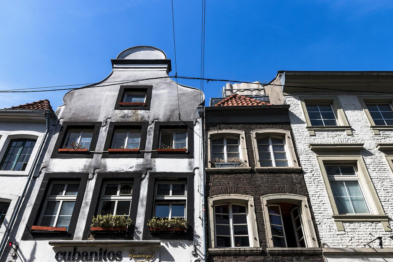 old buildings in dusseldorf