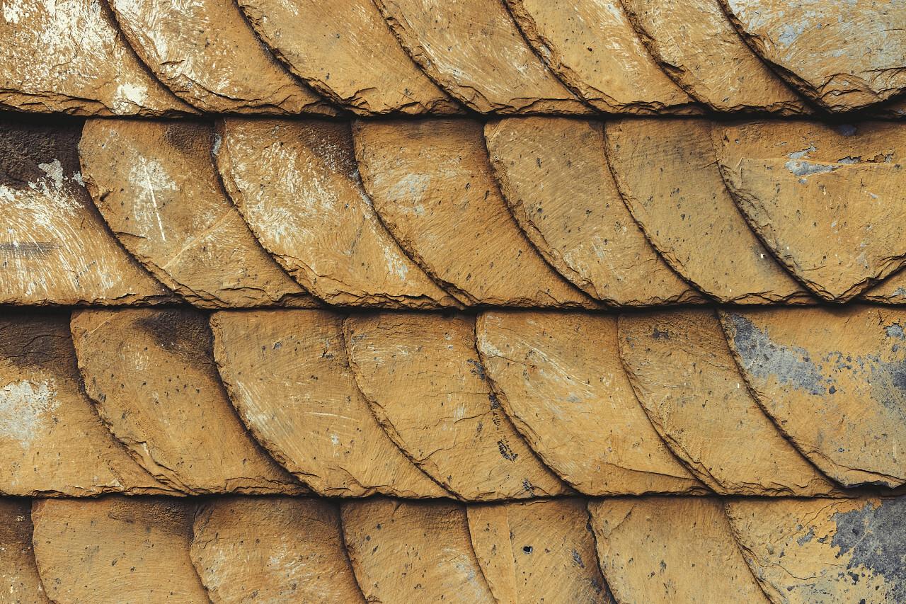 mud soiled slate wall texture
