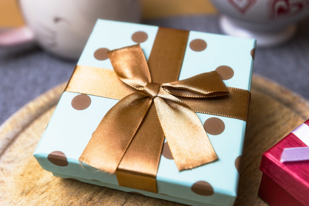 blue golden spotted birthday present