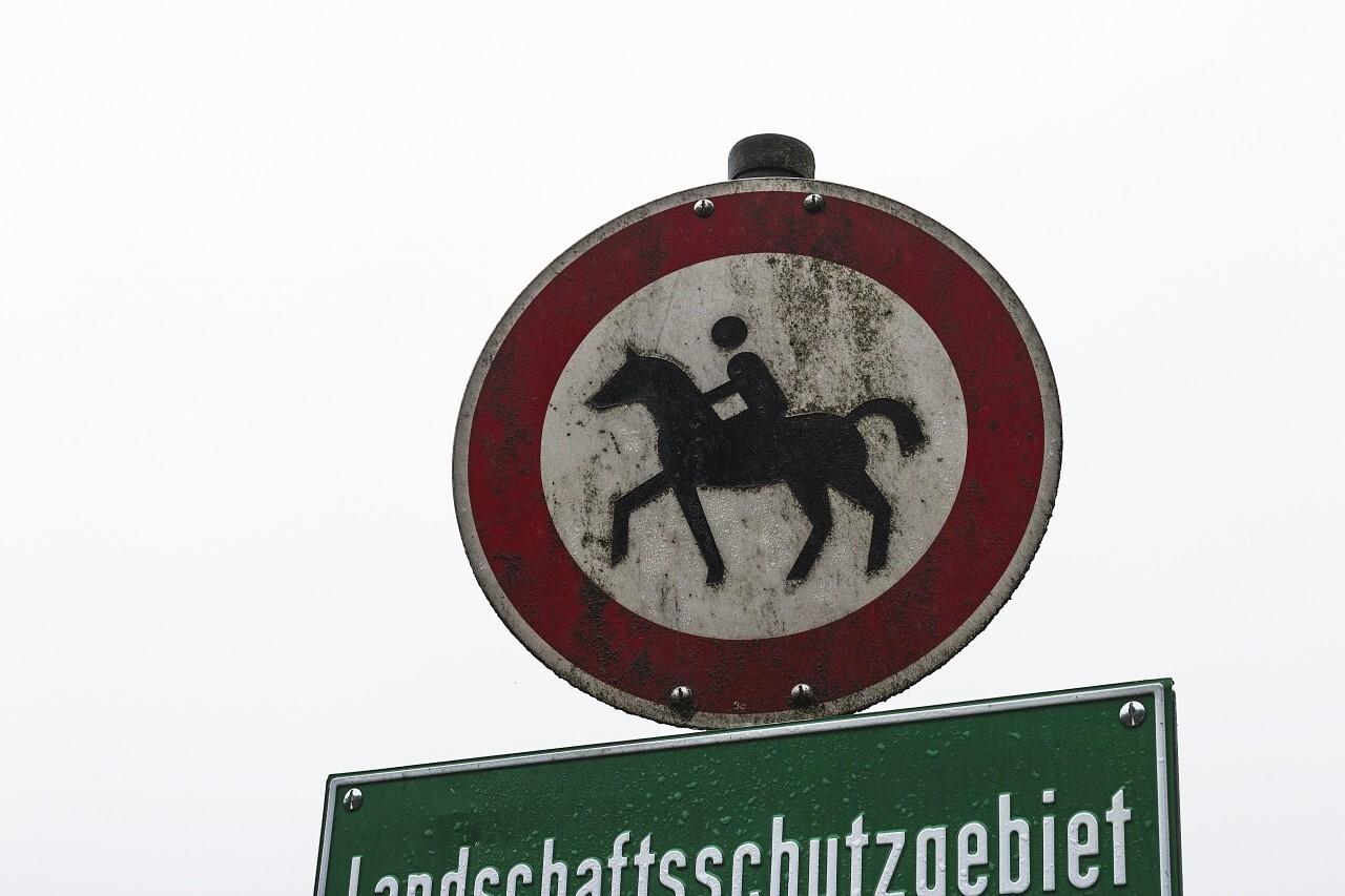 riding sign