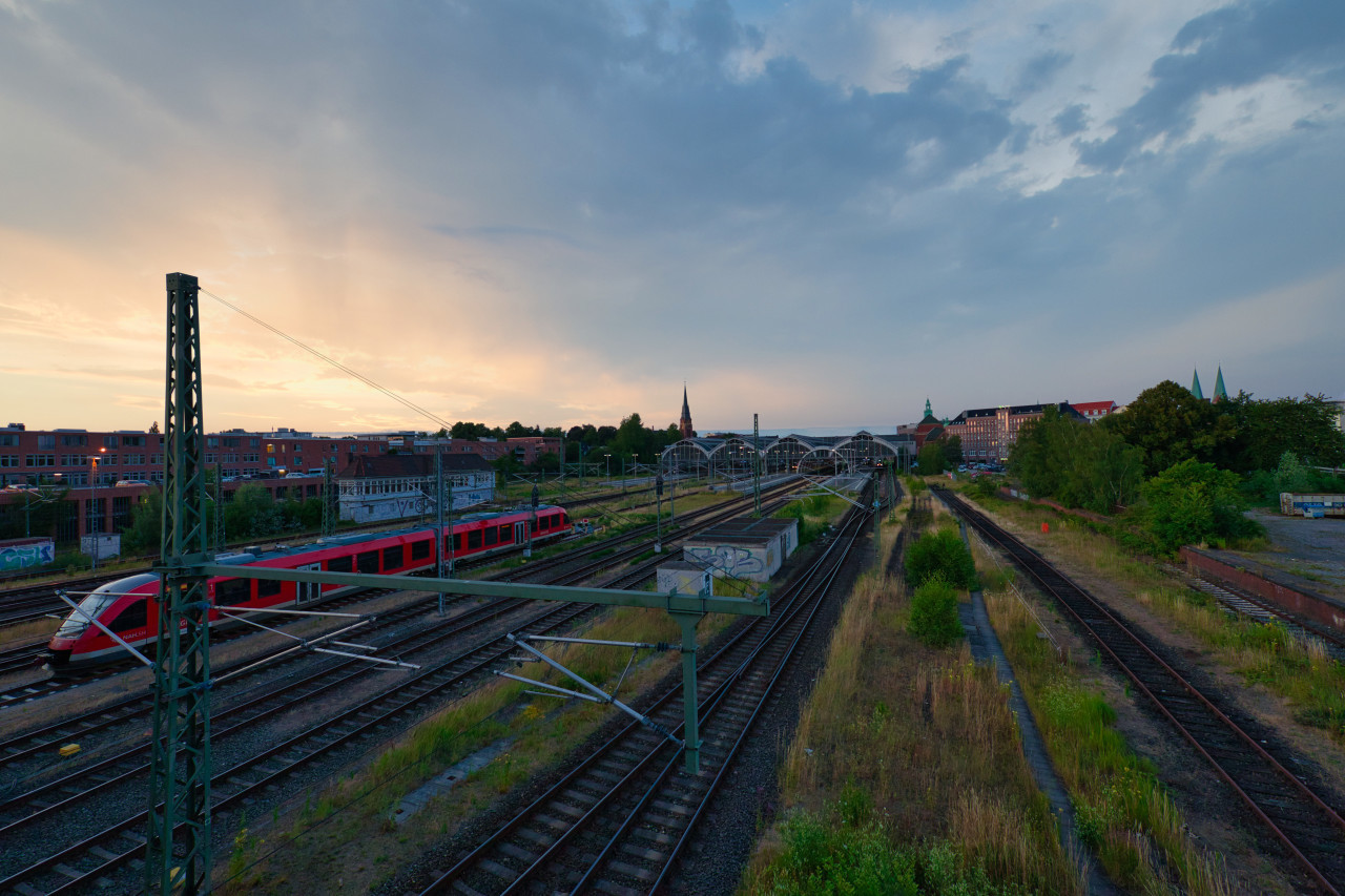 Lübeck Mainstation Sunset