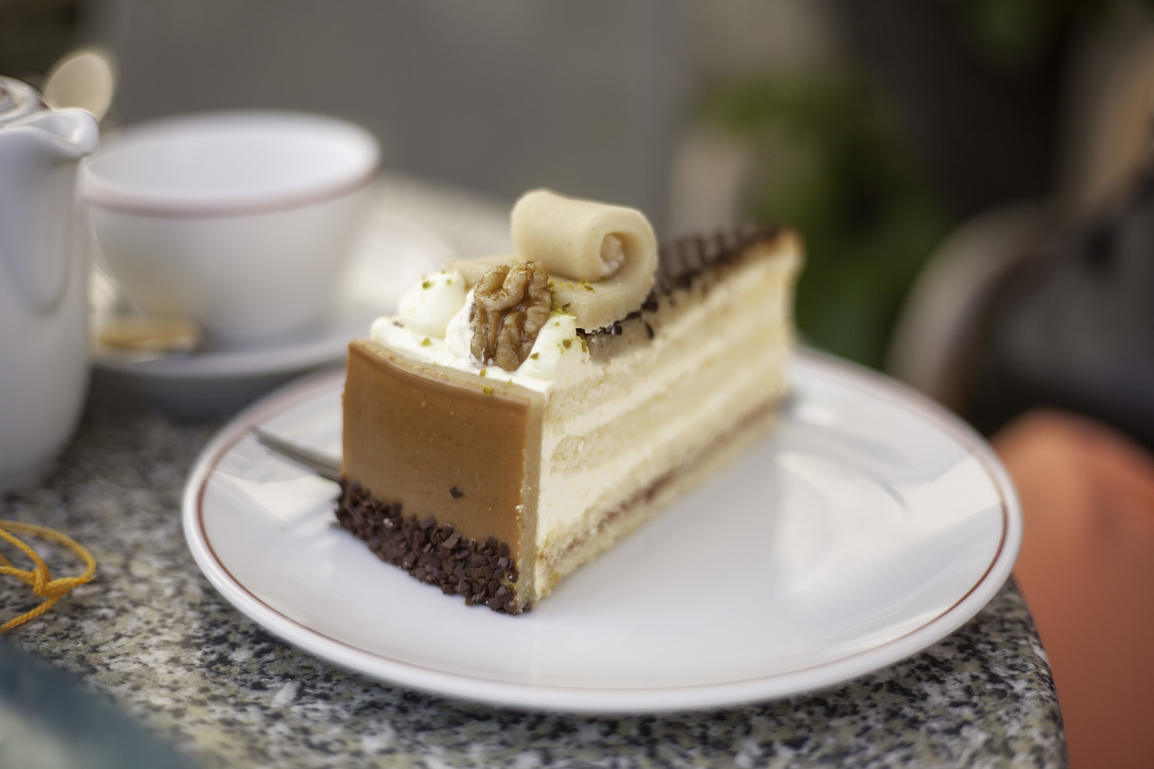 marzipan cream cake