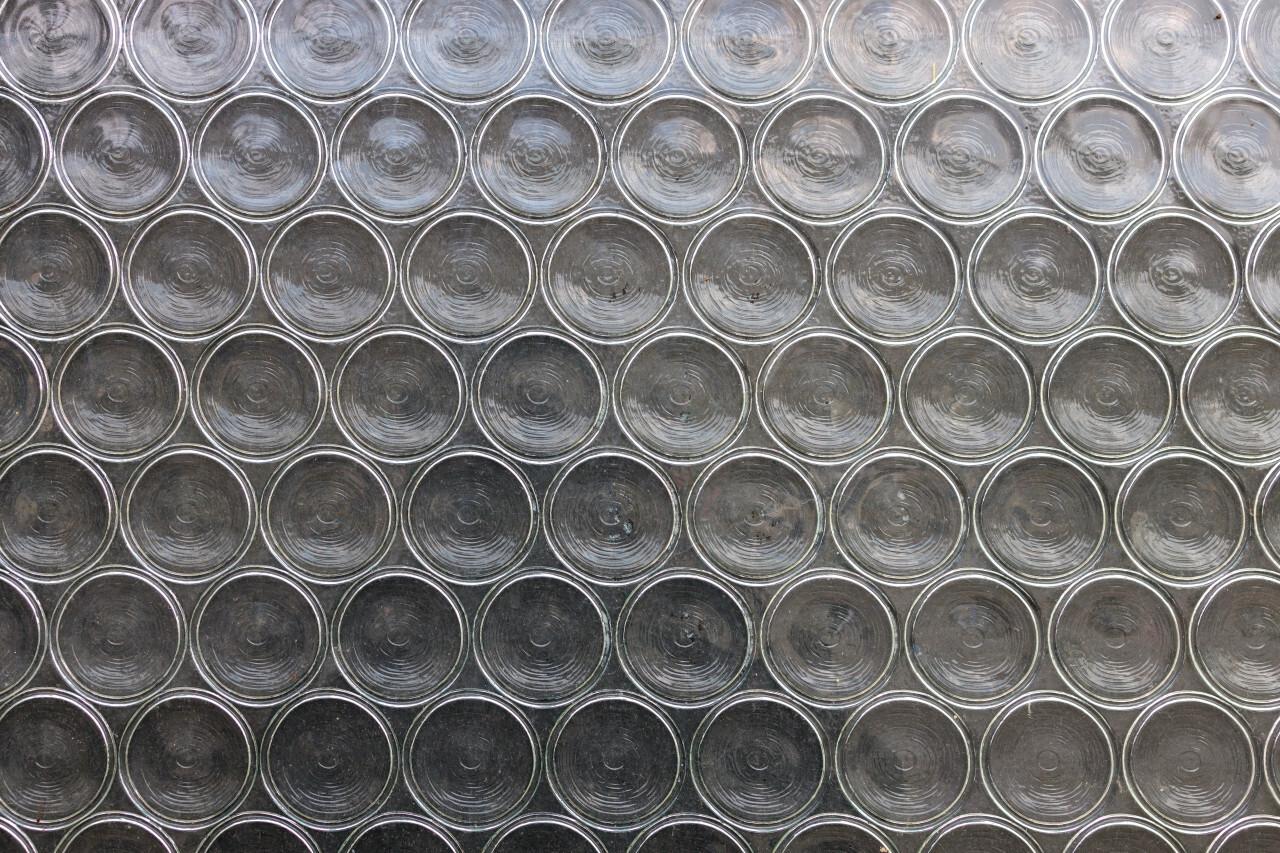 Glass texture small circles