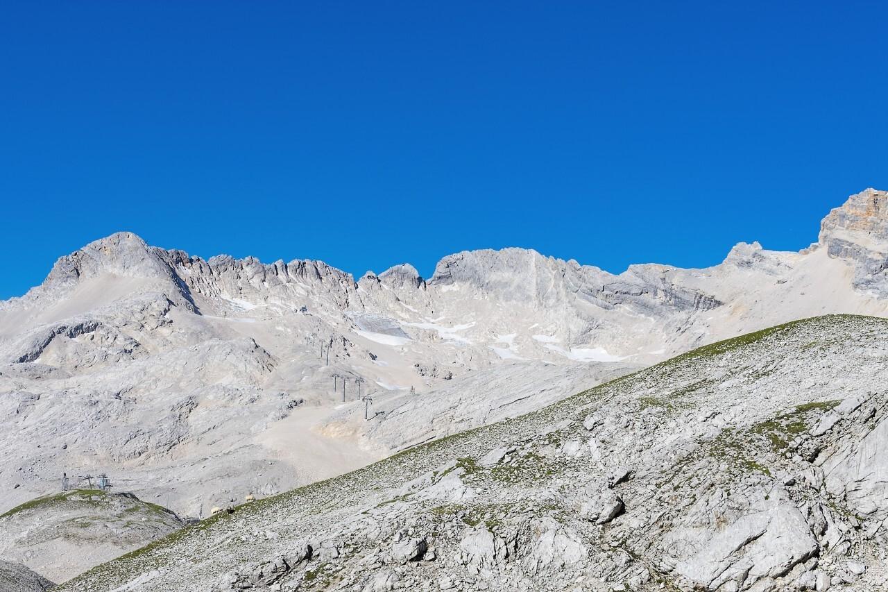 alps rocky landscape