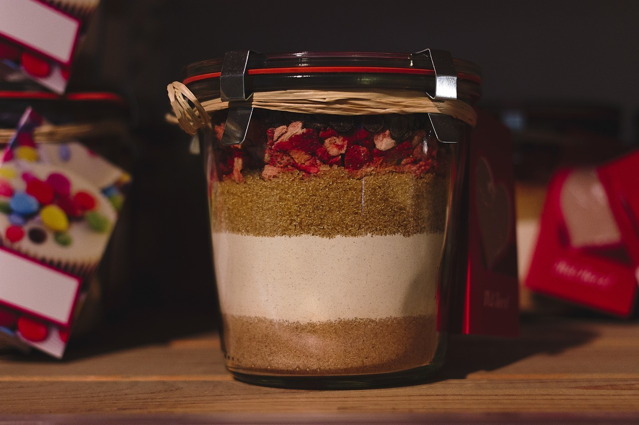 Baking mix in a glass
