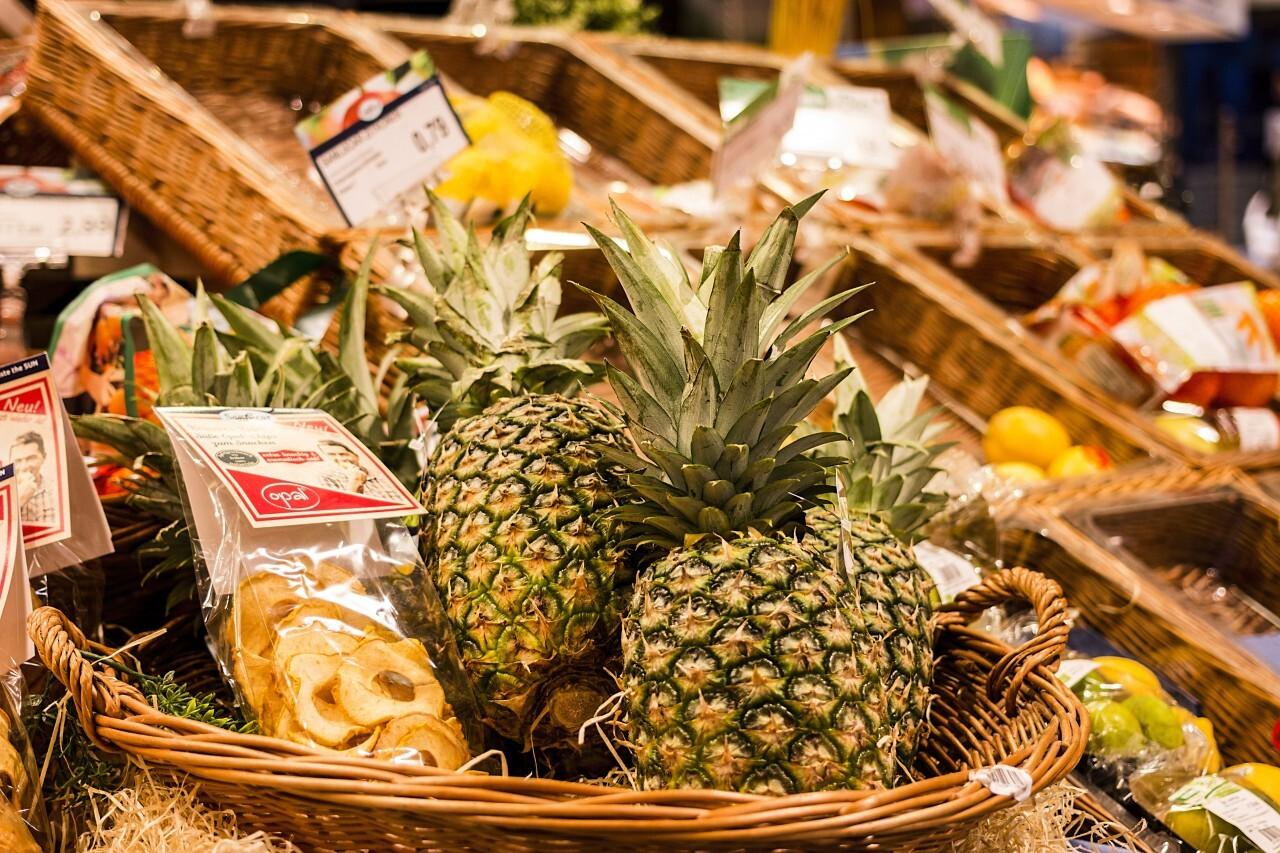 pineapple supermarket