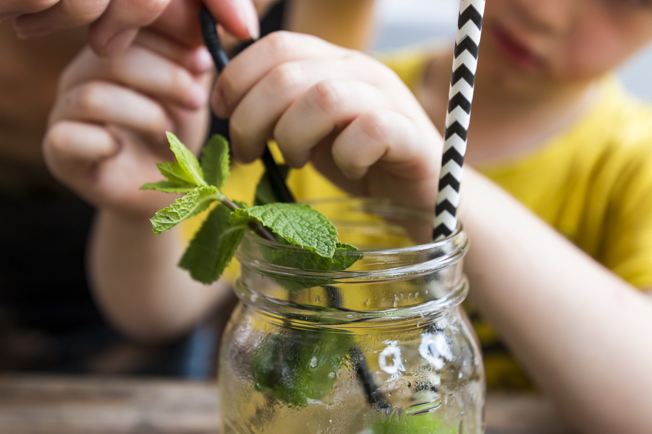 Child with an ice tea - Summerdrink