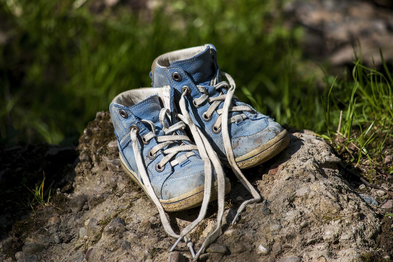 blue childrens shoes