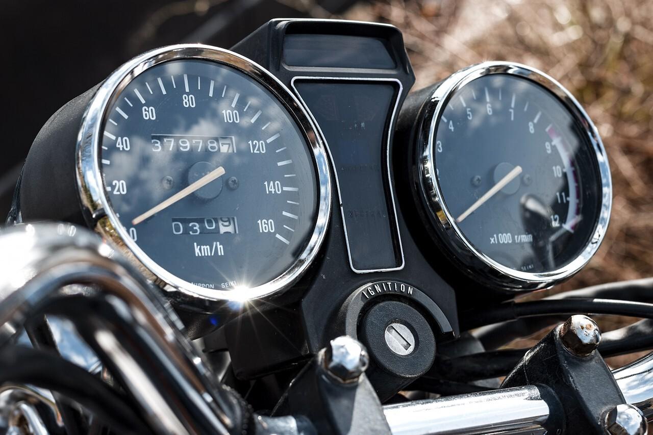 motorbike tacho