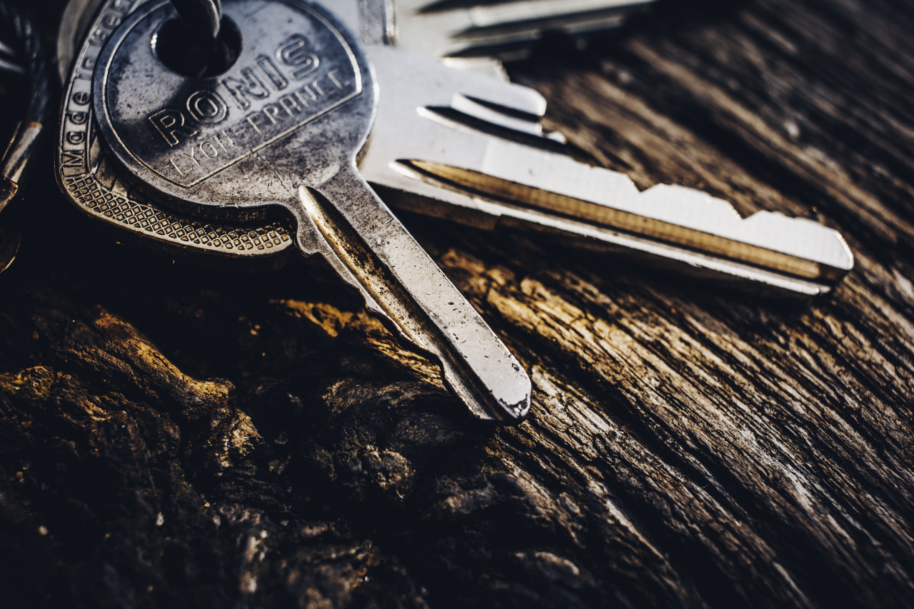 keys on wooden table