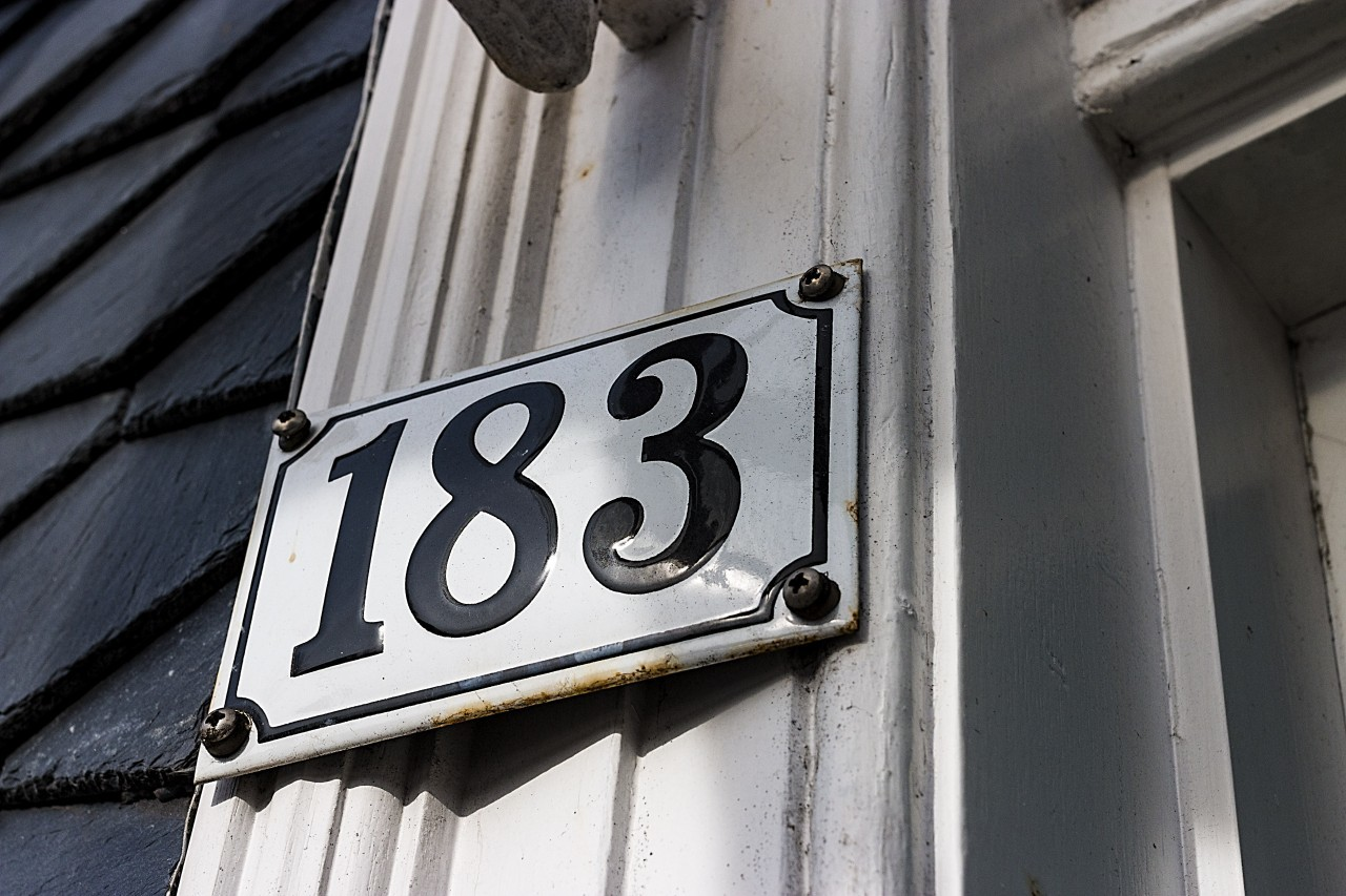 House number 183 - One hundred and eighty-three