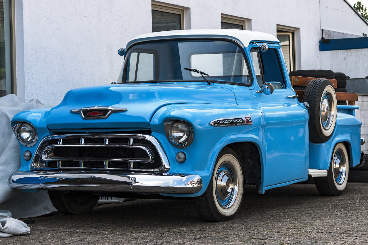 chevrolet apache blue classic car