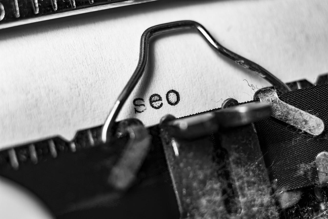 seo typewriter