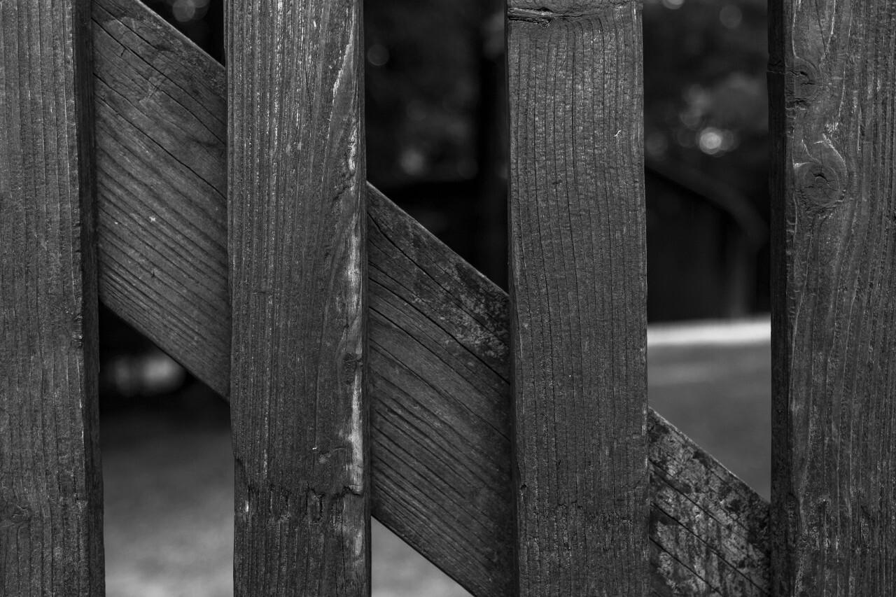 idyllic garden wooden fence