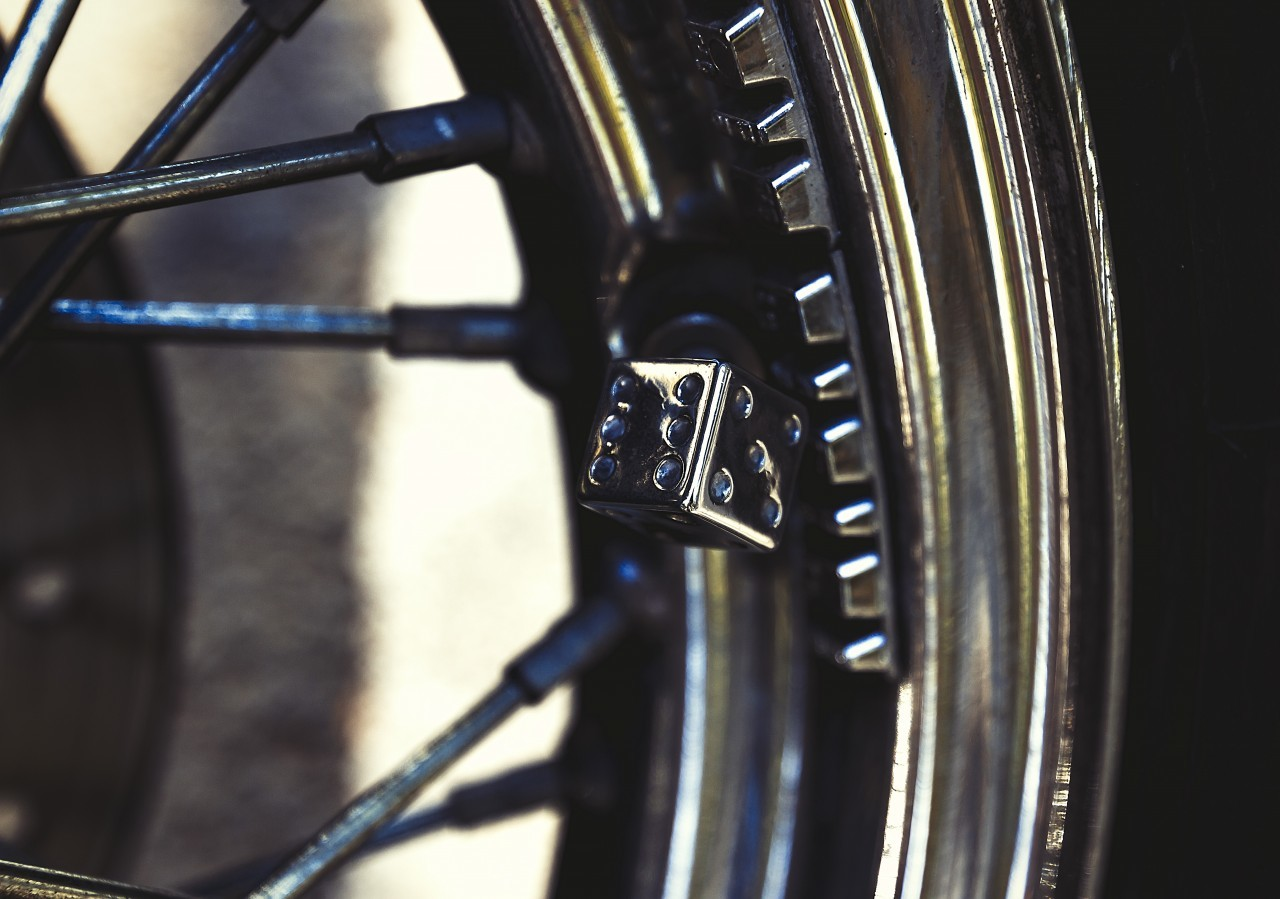 valve dice motorcycle wheel