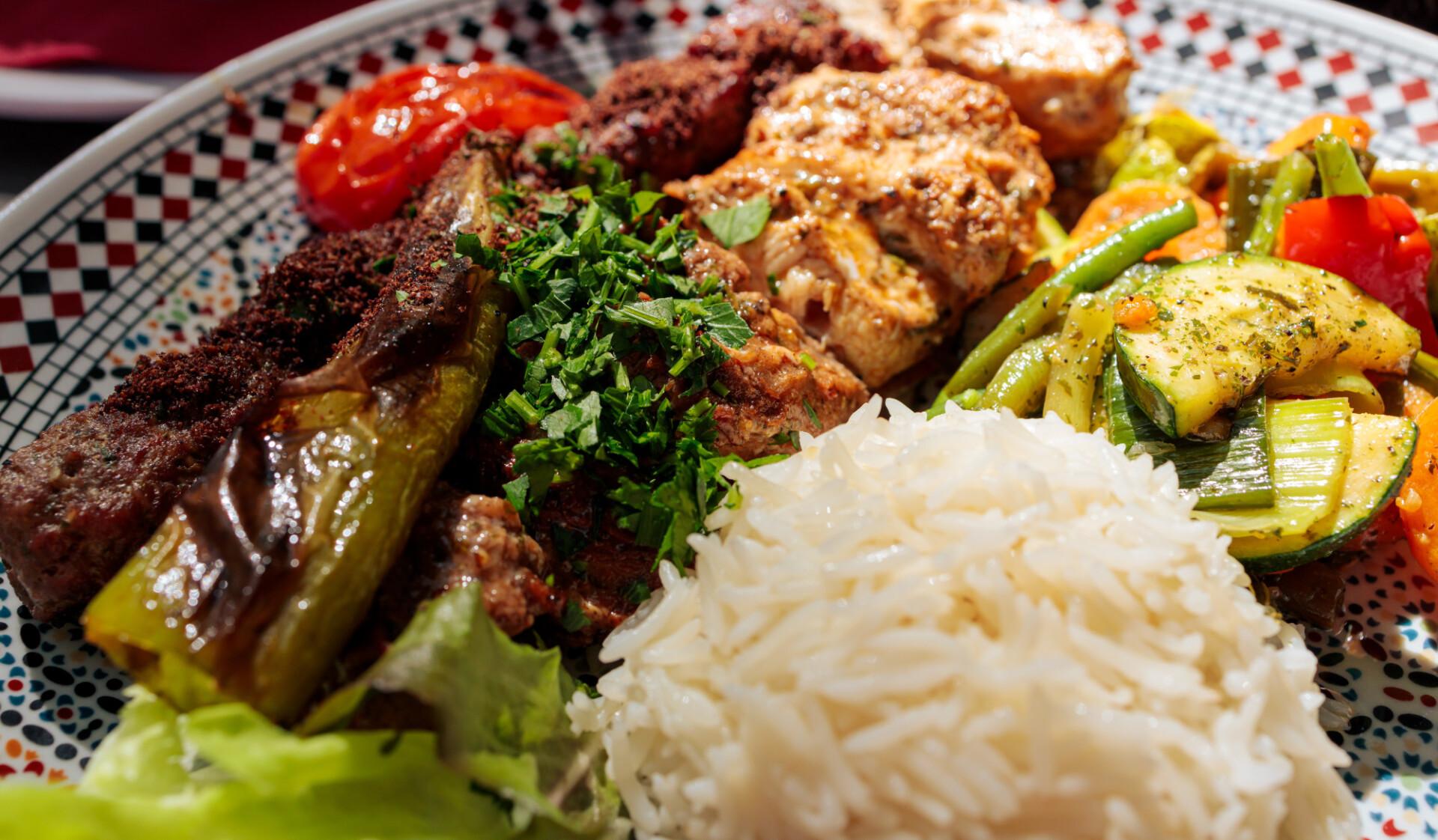 Grill plate in an arabic restaurant