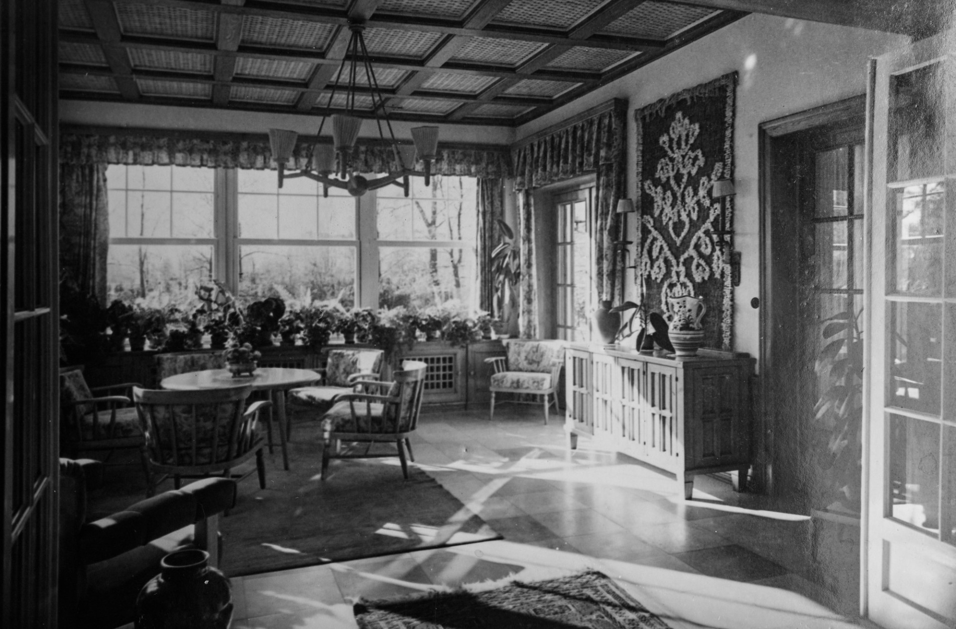 living room in germany 1950