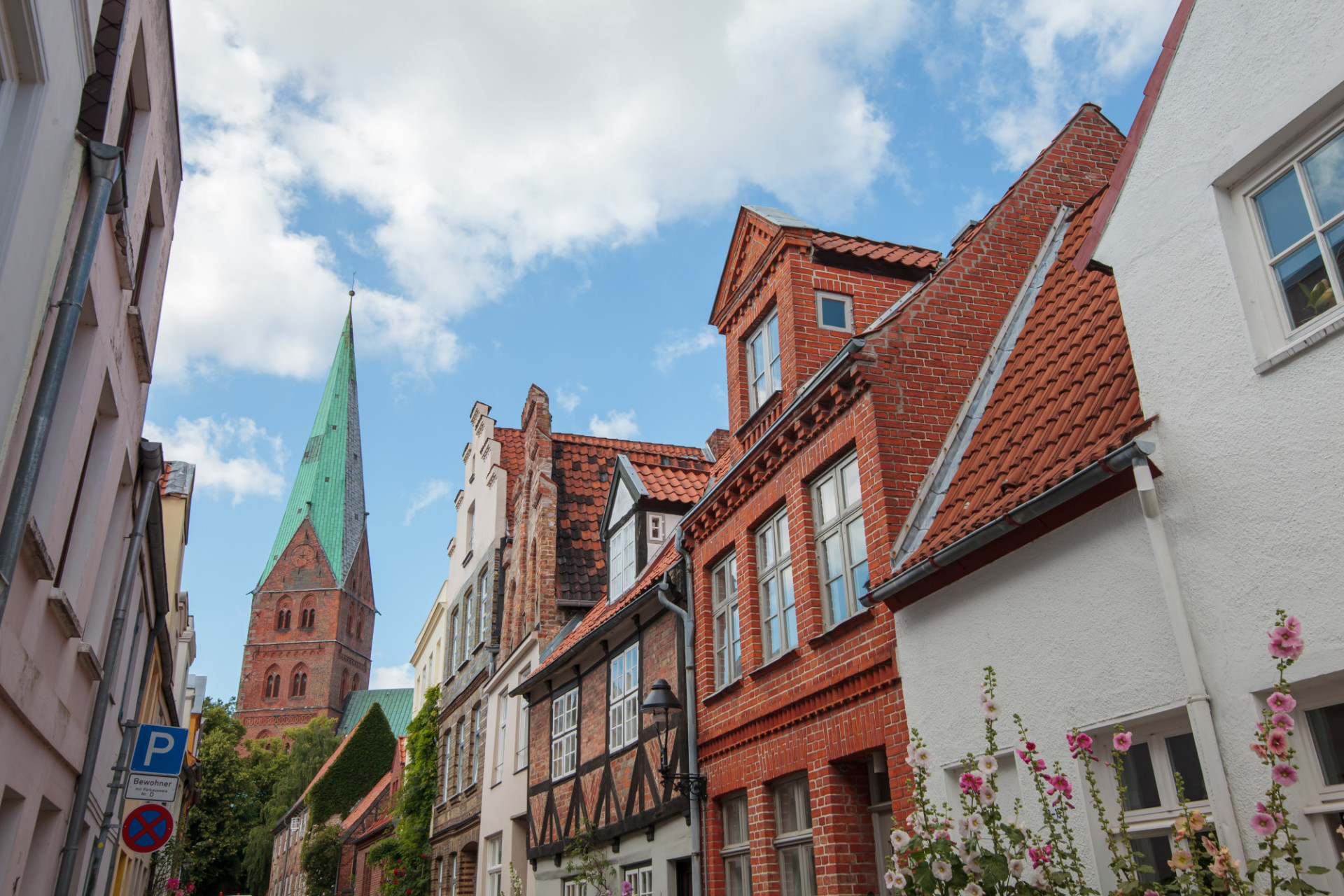 Old town in Lübeck with view on the Marienkirche