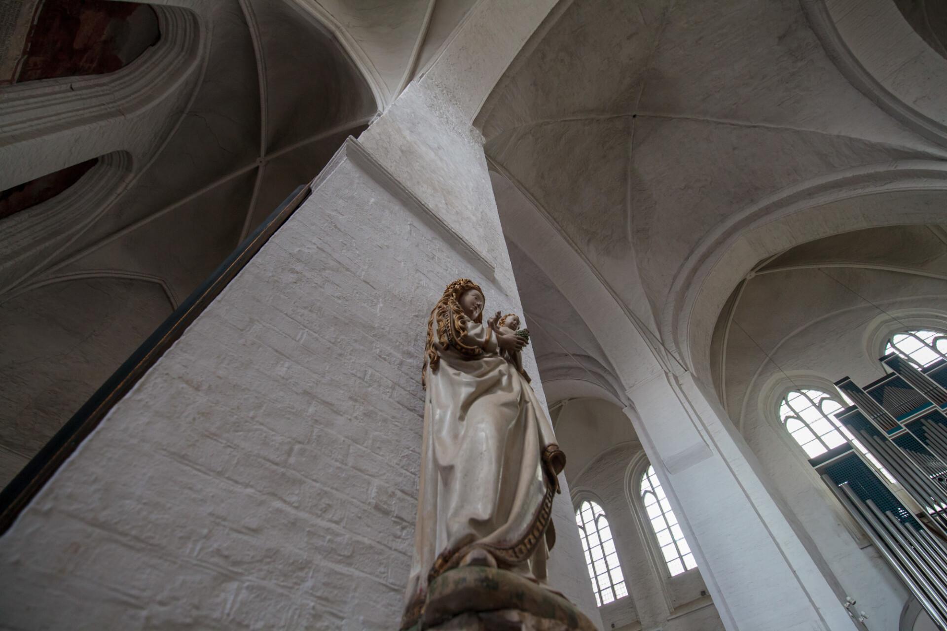 Dom zu Lübeck Interior Cathedral