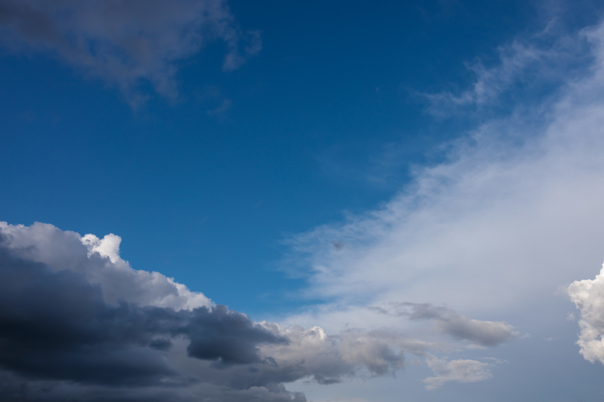 Cloud rich sky background for sky replacement