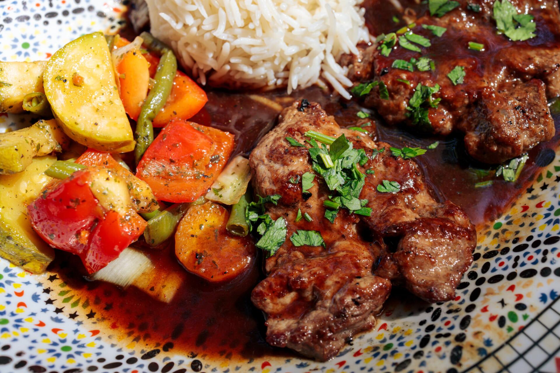 Lamb steaks Arabic prepared