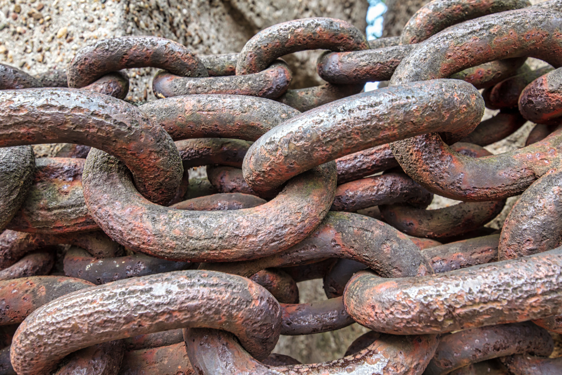 Large iron chains