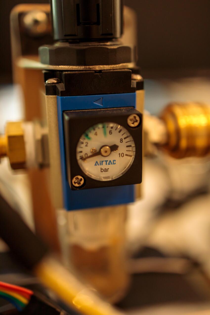 Pressure measurement display