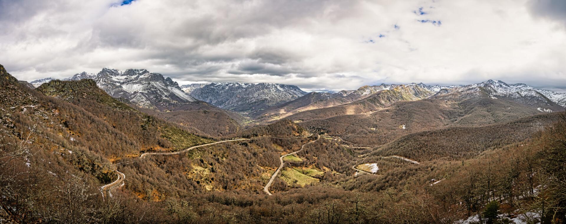 Mirador de Piedrashitas Mountain Landscape Spain