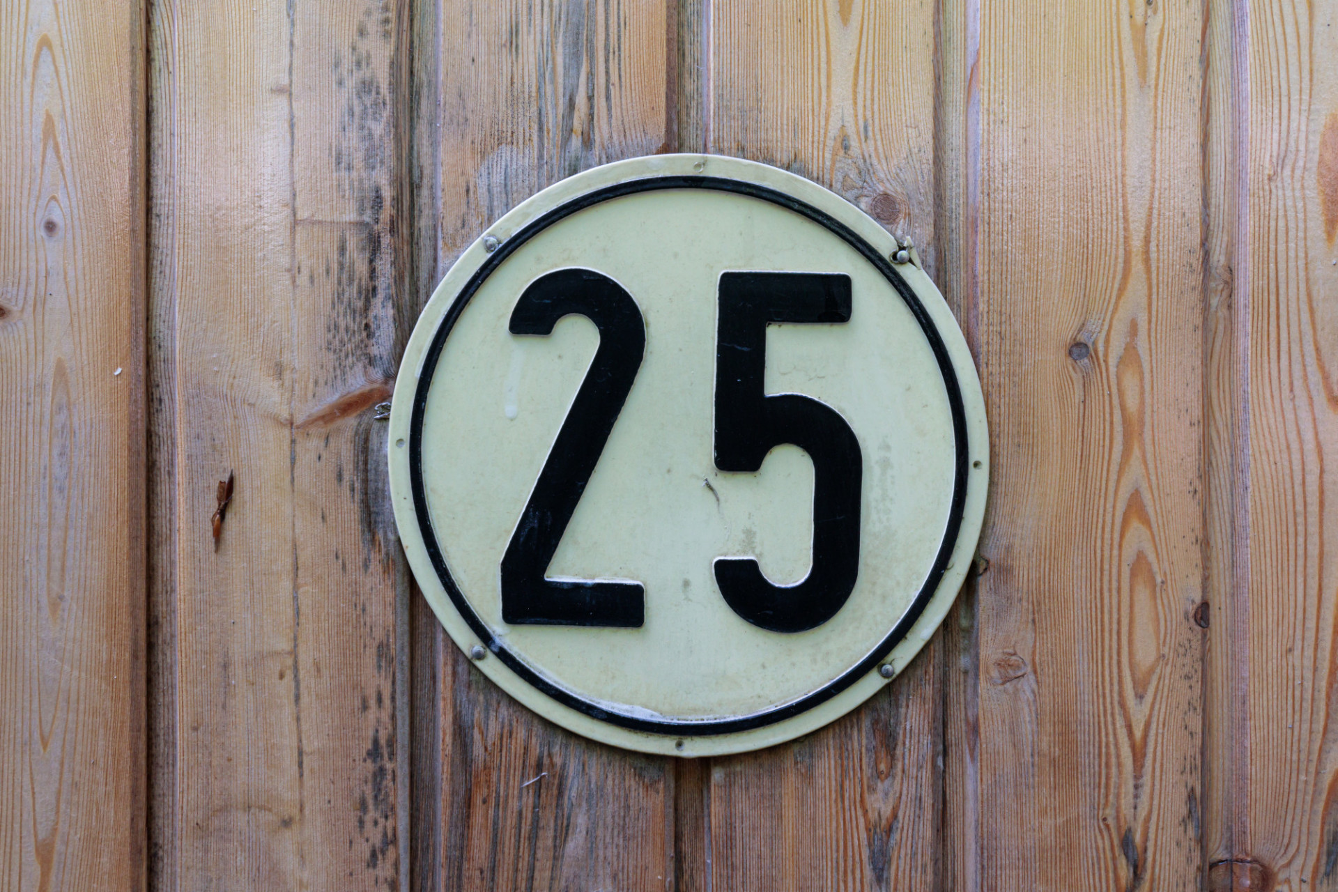 25 Sign
