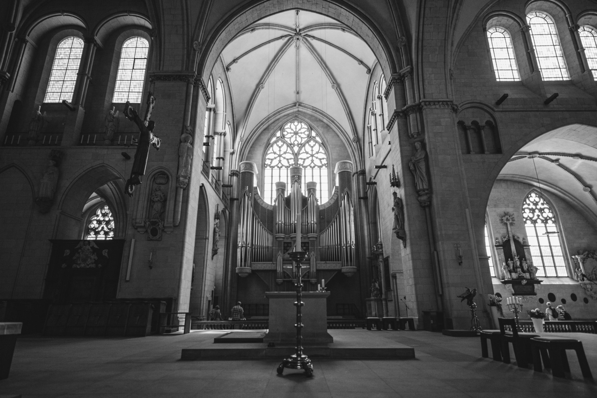 View of the church organ from the cathedral in Münster