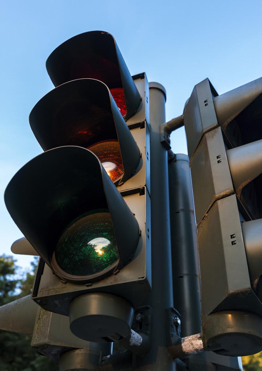 traffic light vertical