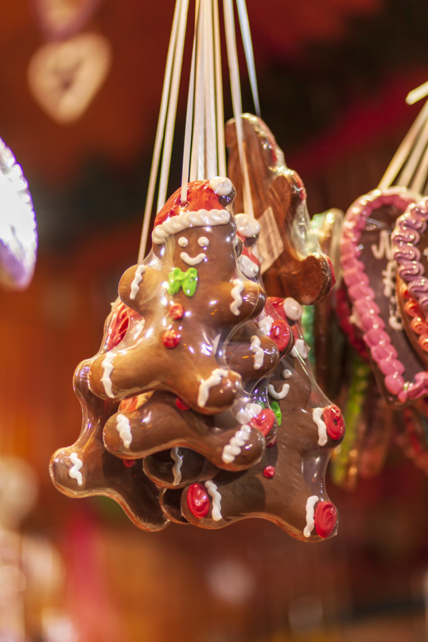 Christmas gingerbread hearts sweet at a Christmas market in Germany