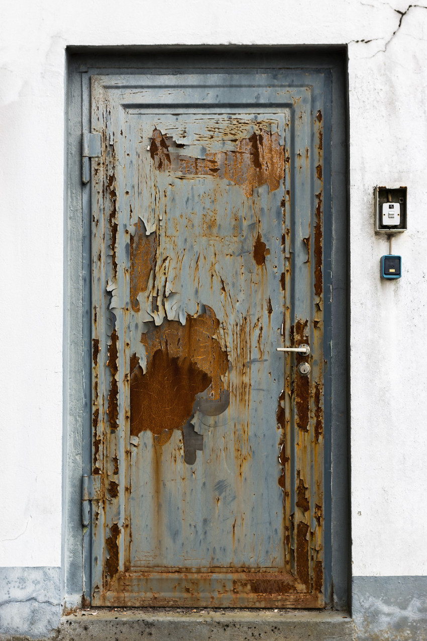 old rusty blue painted door texture bachground