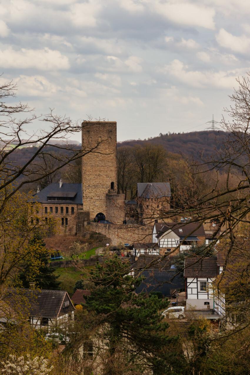 Burg Blankenstein Castle in Hattingen