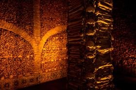 Stock Image: capella dos ossos portugal Chapel built from human bones