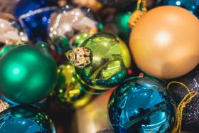 Stock Image: Colourful Christmas balls background