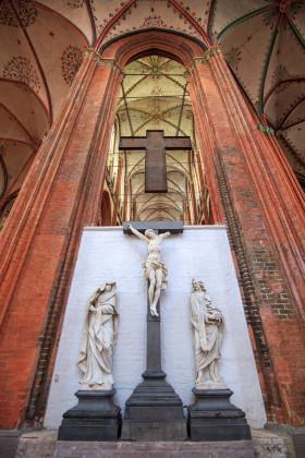 Stock Image: Jesus on the cross in the Marienkirche in Lübeck