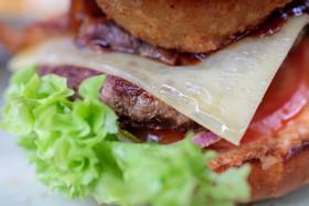 Stock Image: Juicy cheeseburger